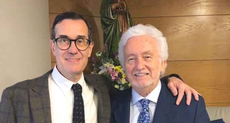 El Colegio de Odontólogos y Estomatólogos de Aragón galardona al Dr. Fernando Loscos